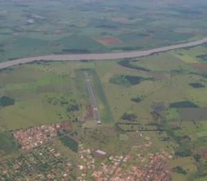 Aeroporto de Itumbiara